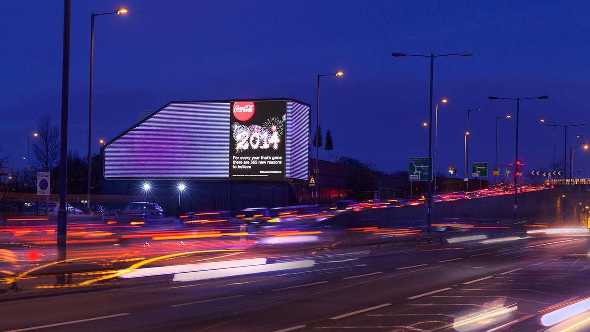 Building Exterior Road Digital Advertising Lighting Solution Nulty