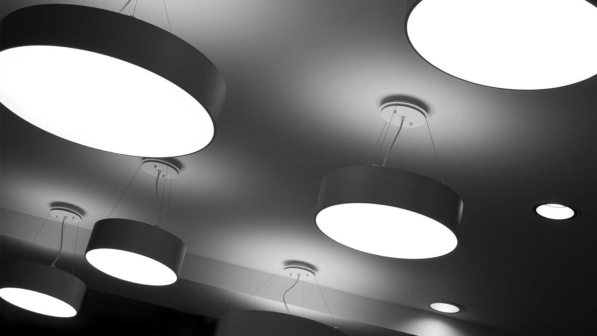 Circular Suspended Light Pendants Low Energy Workplace Lighting Design Nulty
