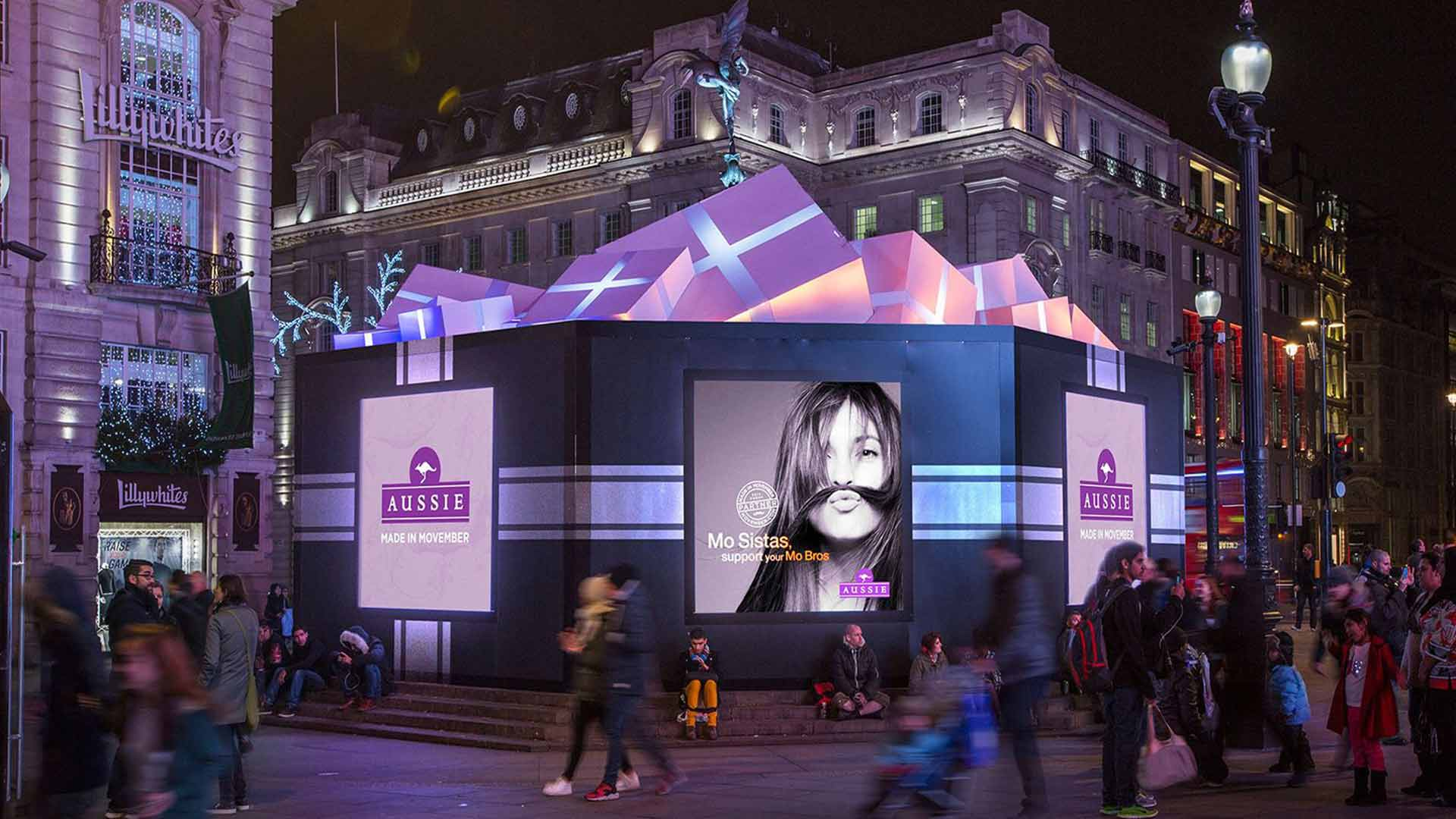 Eros Festive Installation Presents Exterior Lighting Piccadilly Advertising Nulty