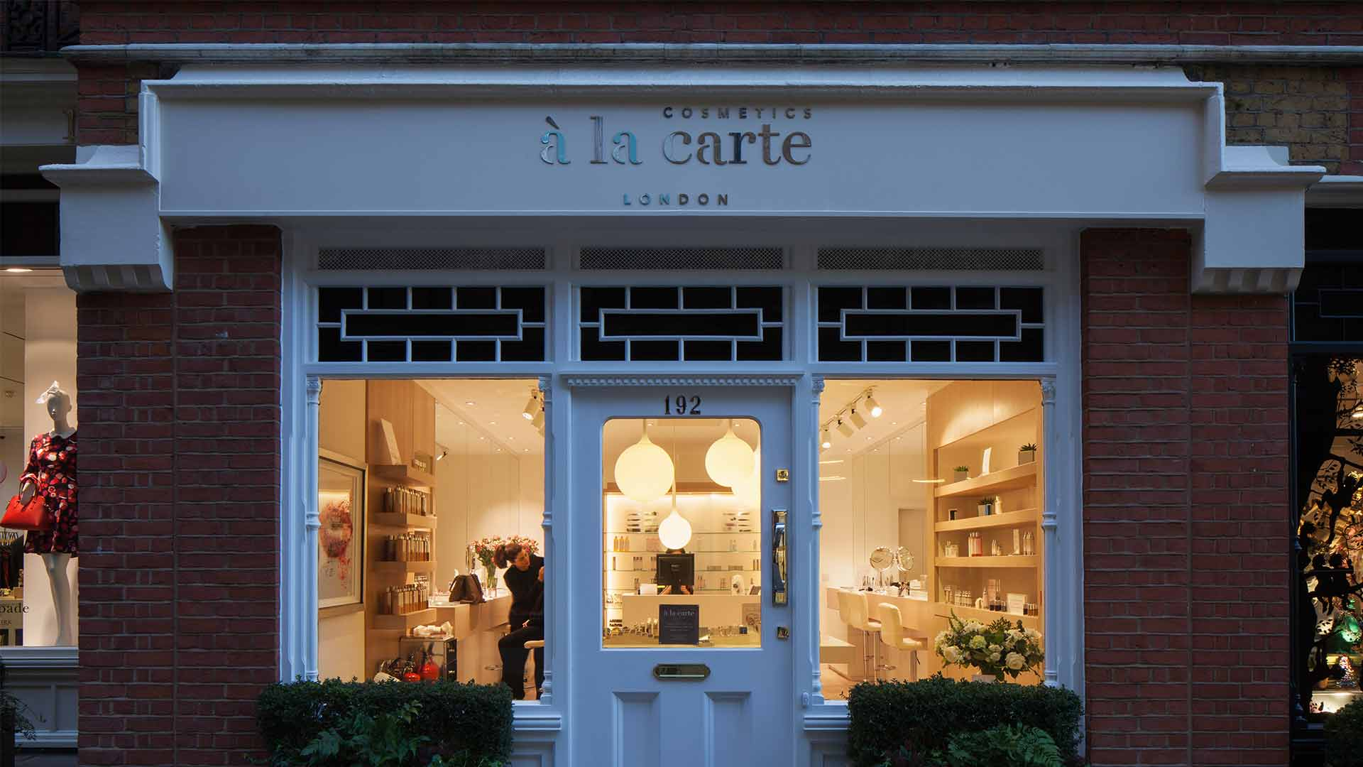 Cosmetics la carte nulty lighting design consultants for Retail store exterior design