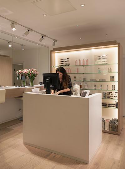 Cosmetics la carte nulty lighting design consultants - Distribucion salon ...