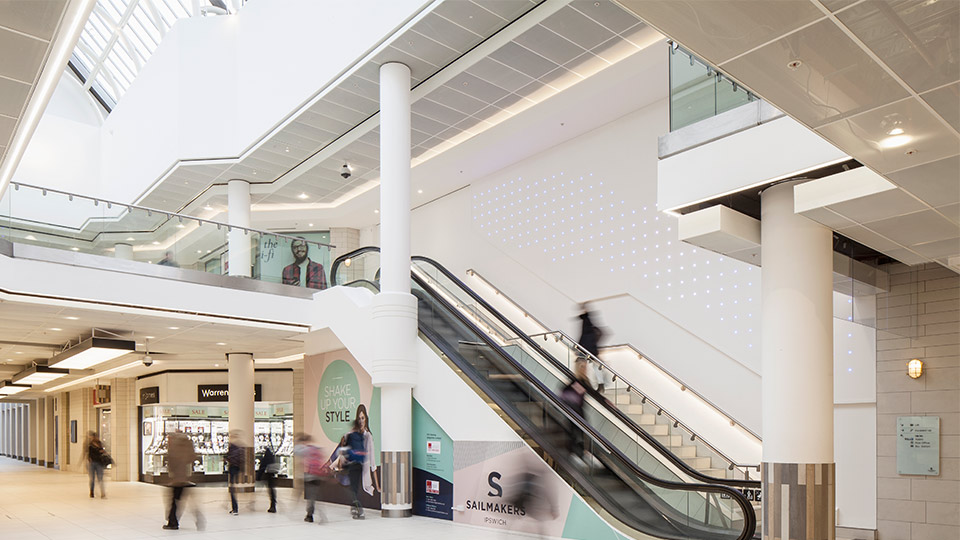 Sailmakers shopping centre nulty lighting design for Bright lights design center
