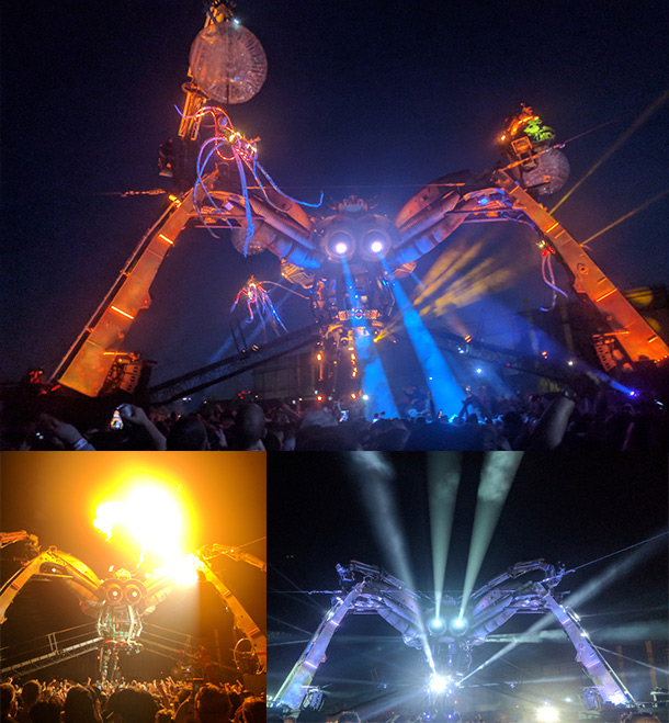 Arcadia Gigantic Spider Dramatic Lighting Effects London