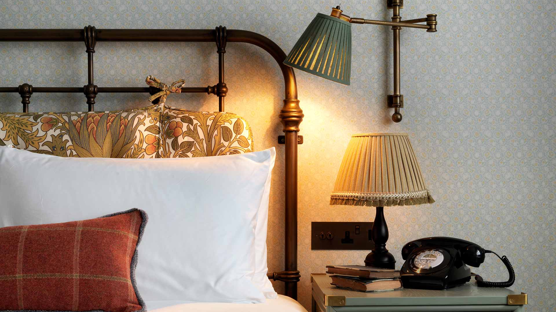 Bedside Lamps Bedroom Lighting Scheme Classic Interior Design Consultants Nulty