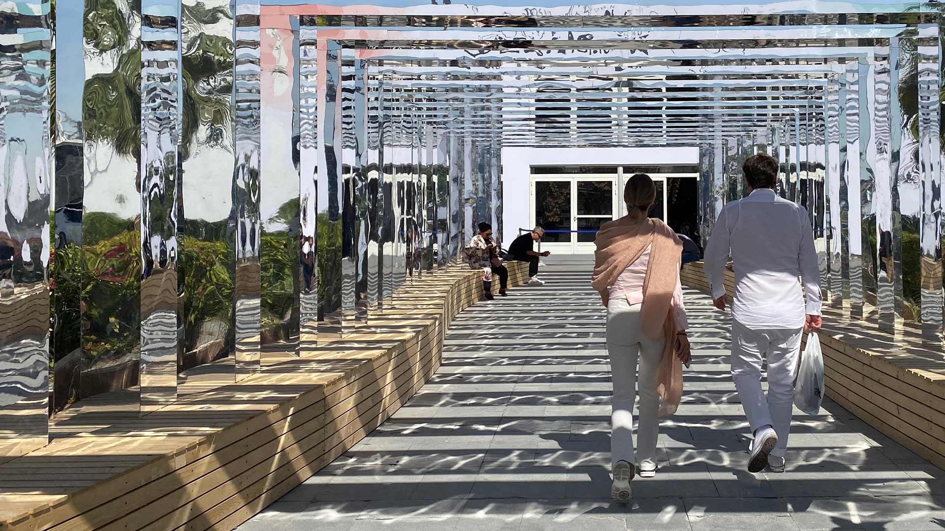 Mirror Meander Installation Lustrous Portal Dubai Design Week 2019 XBD Collective